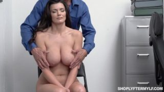Security Guard Is Very Lucky Today – Becky Bandini – Shoplyftermylf